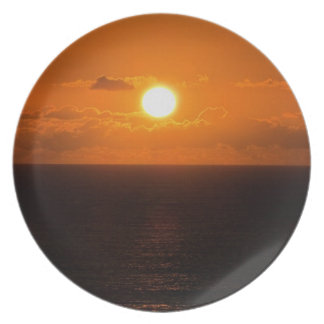 Coucher du soleil du sud .1. de roche de Devon Assiette