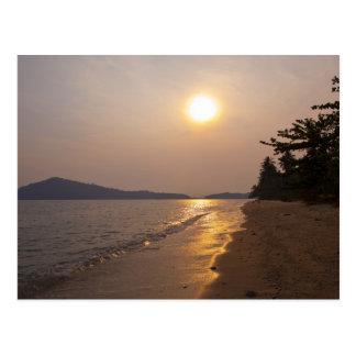Coucher du soleil en KOH Chang en Thaïlande Carte Postale