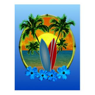 Coucher du soleil et planches de surf carte postale