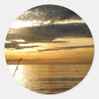 coucher du soleil Pacifique d'or Sticker Rond