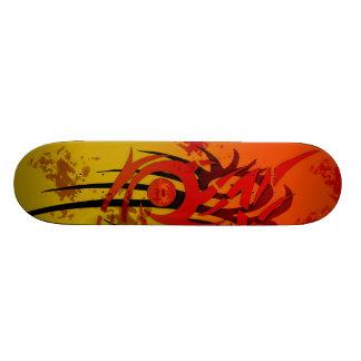 Coucher du soleil tribal - planche à roulettes skateboard 21,6 cm