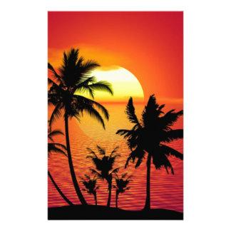 Coucher du soleil tropical de plage d'été de papeterie