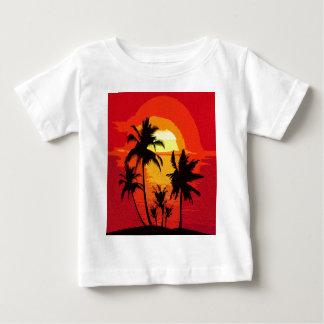 Coucher du soleil tropical t-shirt pour bébé