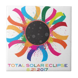 Couleur totale des textes de couronne de l'éclipse petit carreau carré