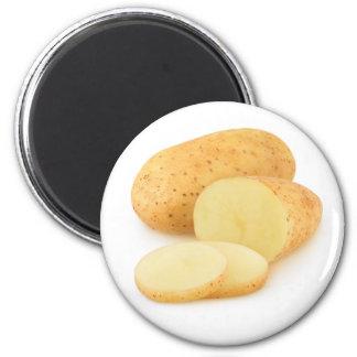 Coupez les pommes de terre aimant