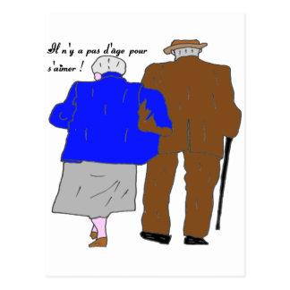 COUPLE 3 IL N'Y A PAS D AGE POUR S AIMER.png Carte Postale