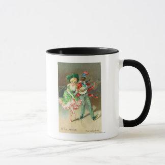 Couples dans le costume faisant la mug