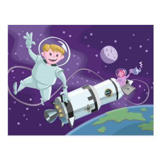 couples d'astronaute de promenade de l'espace cartes postales