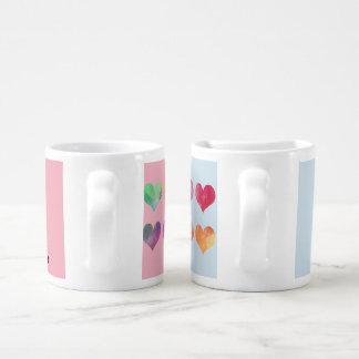 Couples de Valentines réglés des tasses