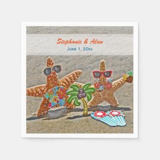 Couples hawaïens d'étoiles de mer épousant les serviette en papier