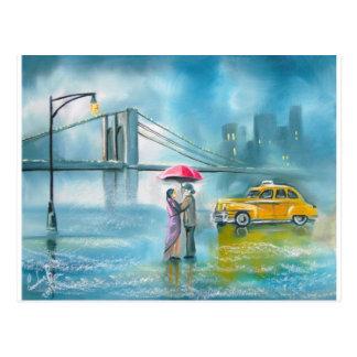 Couples romantiques jaunes de jour pluvieux de carte postale