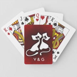 Couples romantiques mignons de chat dans l'amour jeux de cartes