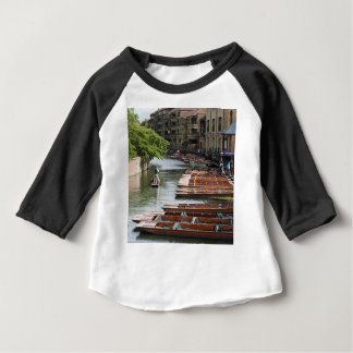 Coups de volée à Cambridge, Angleterre T-shirt Pour Bébé