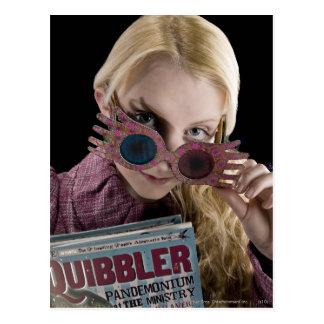 Coups d'oeil de Luna Lovegood au-dessus des verres Cartes Postales