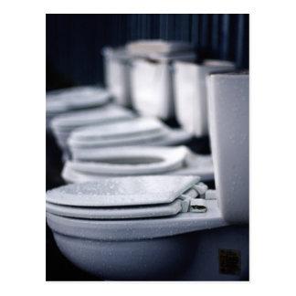 Coupure de salle de bains ! ! carte postale