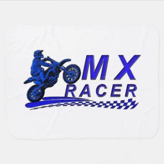 Coureur de Moto X avec le drapeau checkered Couvertures Pour Bébé