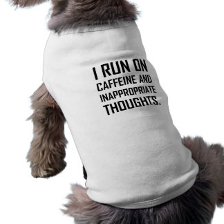 Courez les pensées inadéquates de caféine t-shirt