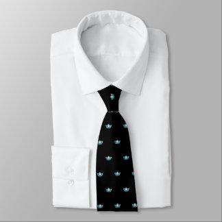 Couronne d'Aqua de Mlle Amérique et cravate des
