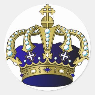 Couronne royale de bleu et d'or sticker rond