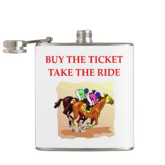 course de chevaux flasques