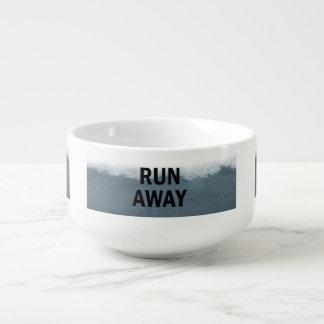 Course loin mug à soupe