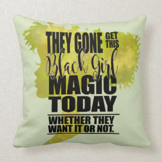 Coussin Affirmation noire de magie de fille