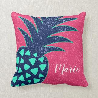 Coussin Art d'ananas avec le nom