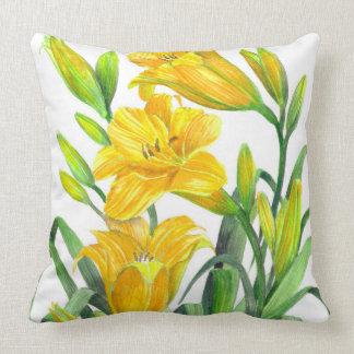 Coussin Art floral jaune d'hémérocalles