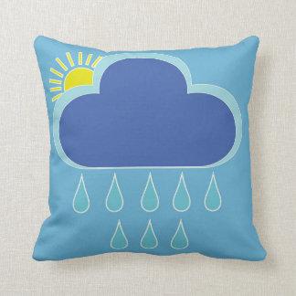 Coussin avec la pluie et le soleil