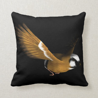 Coussin Beautiful bird flying