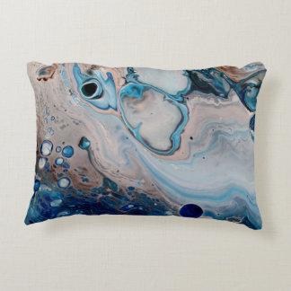 Coussin bleu d'accent de jet d'art abstrait