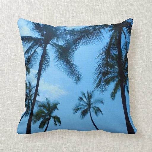 coussin bleu de palmiers d 39 hawa zazzle. Black Bedroom Furniture Sets. Home Design Ideas