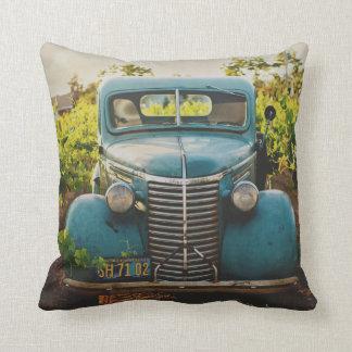 Coussin Bleu rustique de vieille de ville automobile