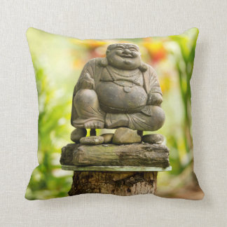 Coussin Bouddha dans le carreau hawaïen de jardin