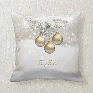 Coussin Boules d'or de Noël et branches de pin argentées