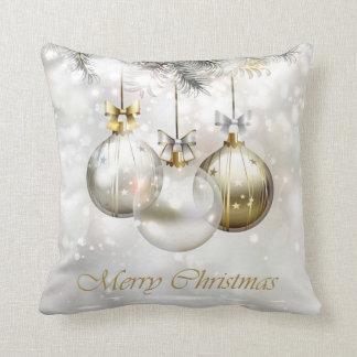 Coussin Boules et arcs argentés et d'or de Noël
