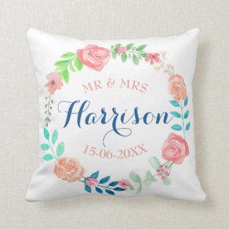 Coussin Cadeau de M. et de Mme Floral Wedding Cushion