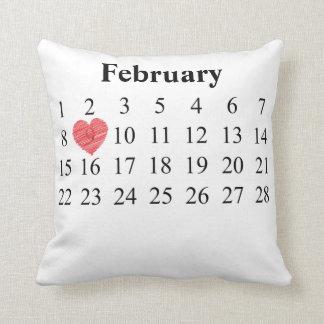 Coussin Calendrier de février - déplacez le coeur