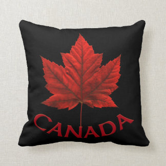Coussin canadien de drapeau personnalisé par