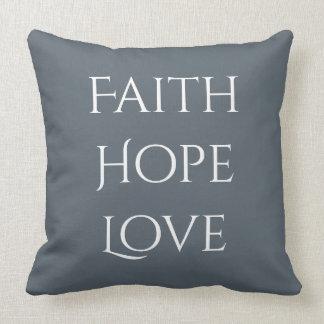 Coussin Carreau de Faith*Hope*Love