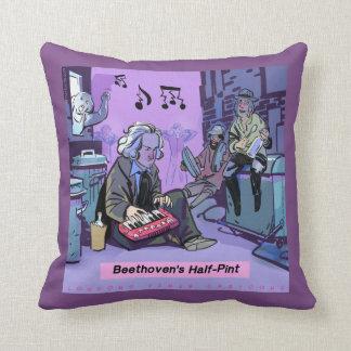 Coussin Carreau drôle de demi de pinte de Beethoven