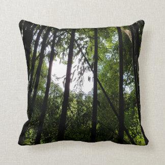 Coussin Carreau en bambou foncé dans le noir et le vert