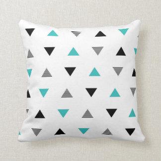 Coussin Carreau moderne de motif de triangle