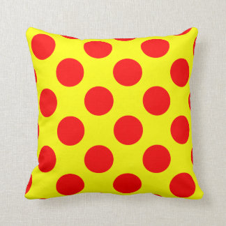 Coussin Carreau rouge et jaune de point de polka