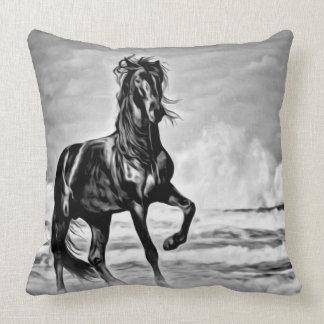 Coussin Cavalier occidental de cheval noir d'étalon