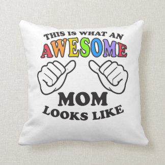 Coussin C'est à quelle maman lesbienne impressionnante