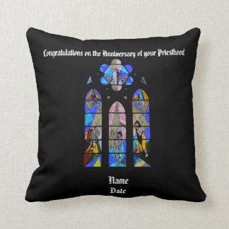 Coussin Cinquantième d'anniversaire 15ème de prêtre 20ème