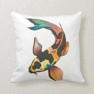 Coussin coloré de poissons de Koi