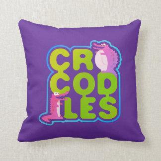 Coussin Crocodiles avec deux crocs heureux - lettres