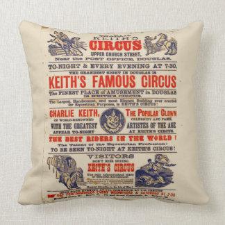 Coussin Cru d'affiche de cirque